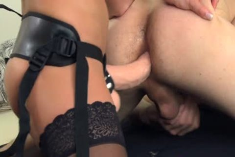 strapon fine babes plowing men With strapon sex toys.mov