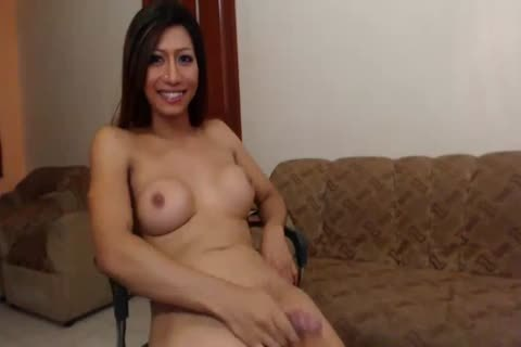 shemale Cums On cam