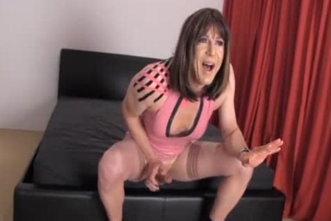 Crossdresser hooker Wanks Her gigantic 10-Pounder As sexy Femdom strapon Jane pokes Her slutty wazoo