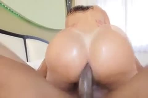 latina tranny With big booty receives pounded Hard!