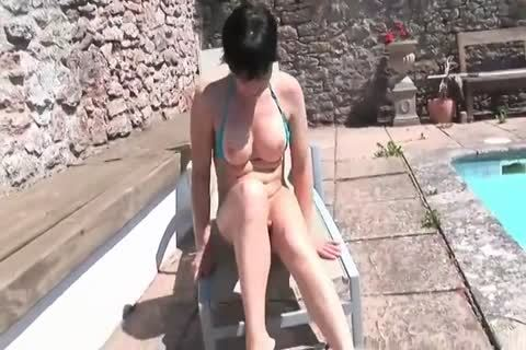 Joanna Jet Stroking Her shemale shlong Poolside
