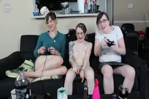2 kinky ladymans Team Up On throbbing Titty mother I'd like to bang After she Loses A clip Game bet