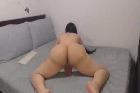 Sexiest TS Ever Twerking Her large slutty wazoo On cam