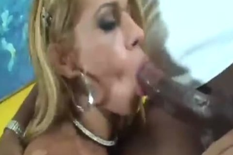 Interracial hoety fuck