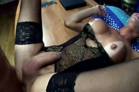 Italian shemale blows her Sticky Load By guyica2