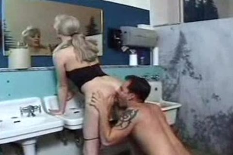 Brandy Scott lady-man Is Caught Peeing Standing