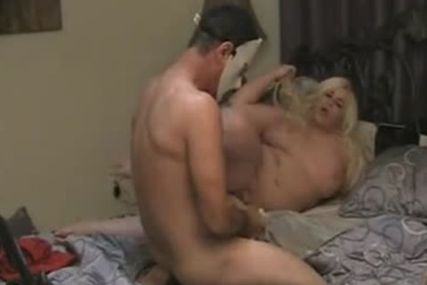 plump blonde TS nailing In bed